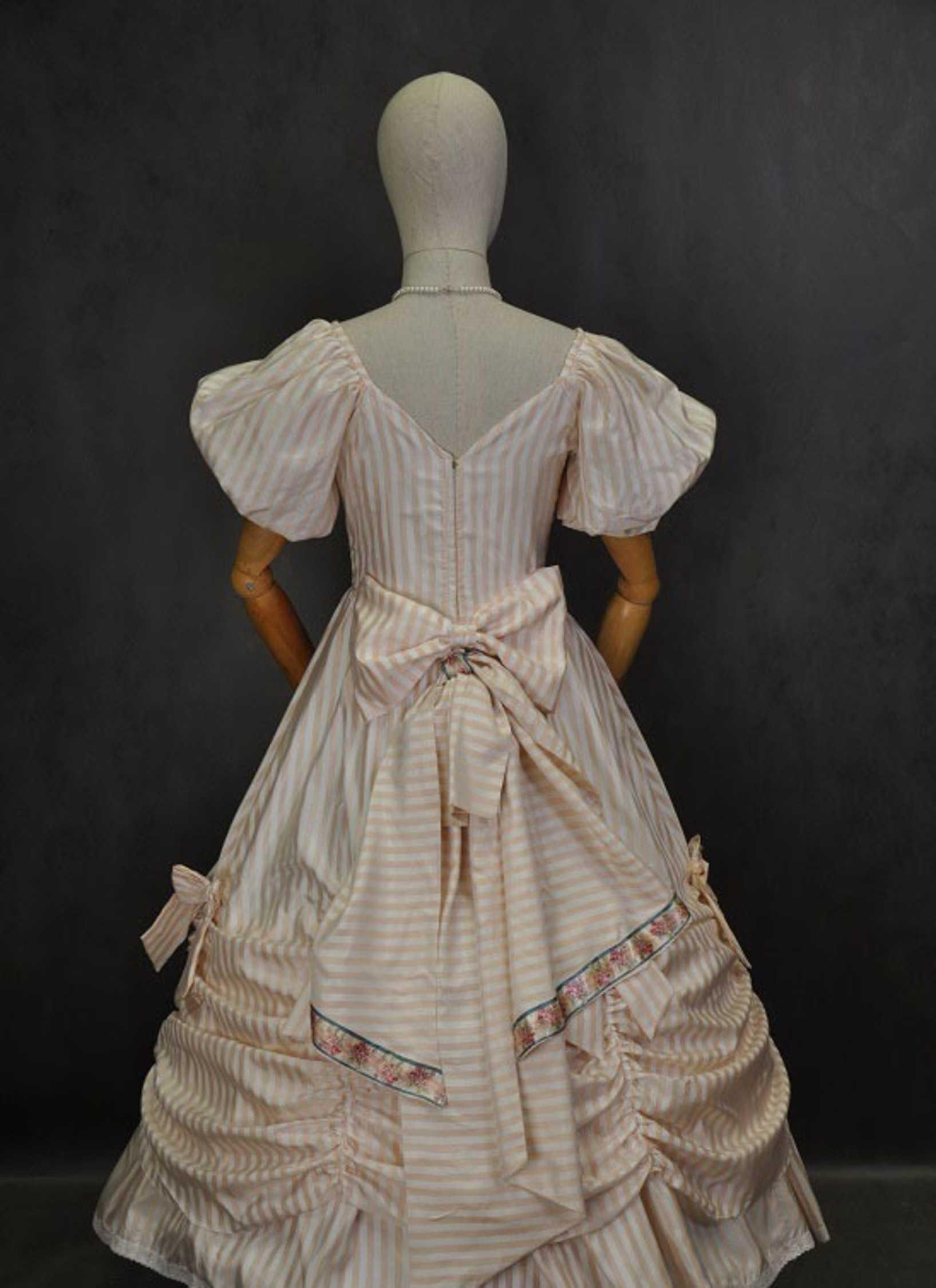 Как сшить платье бальное 18 века 26