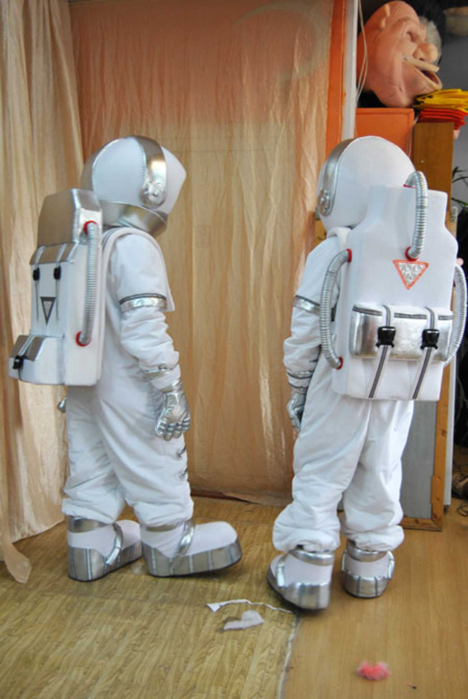 Космонавт костюм своими руками фото