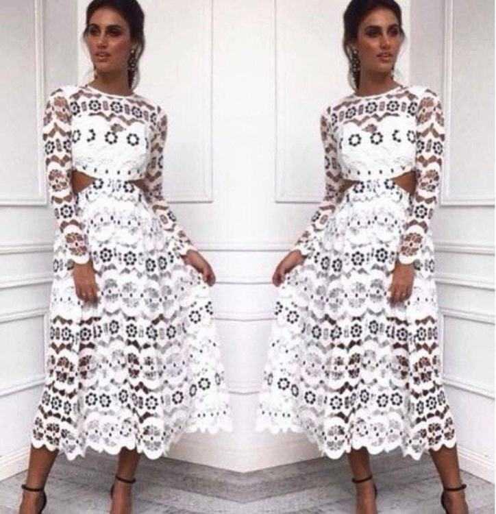 e7fe86472af Взять в прокат Женская одежда Платья Белое платье Self Portrait 128  Москва