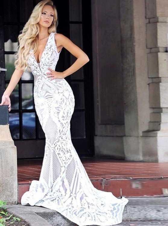 bbf75e983f5872a Взять в прокат Женская одежда Платья Платье