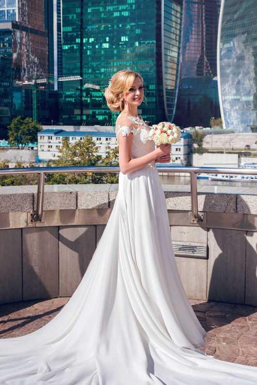 Взять свадебное платье напрокат в москве