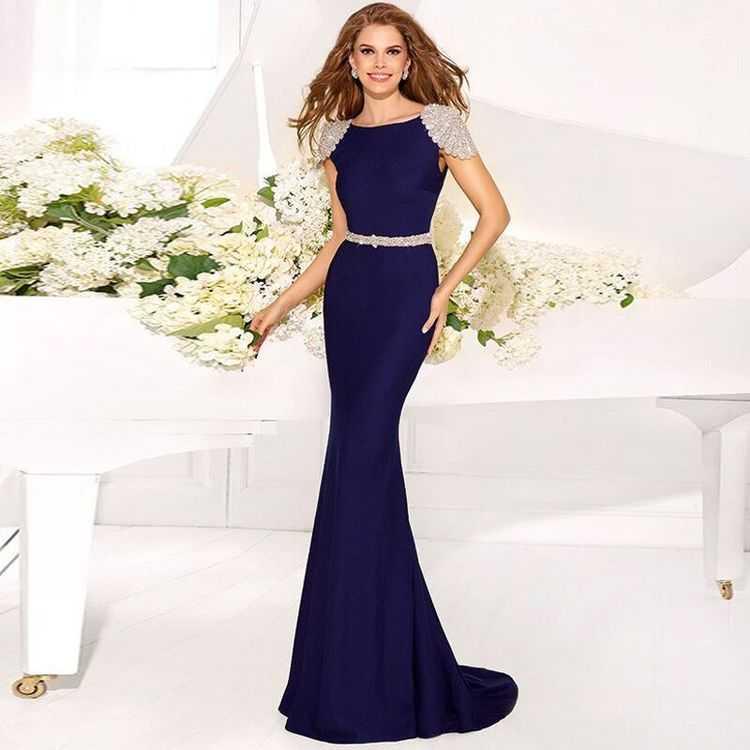 Скромные платья вечерние
