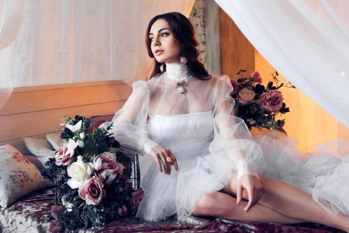 Взять в прокат Женская одежда Платья Snow white; Санкт-Петербург , улица Ольминского, 6 ул.; Описание: