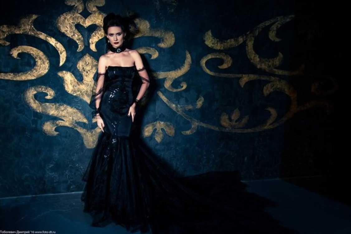 Взять в прокат Женская одежда Платья Black Swan; Санкт-Петербург , улица Ольминского, 6 ул.; Описание: