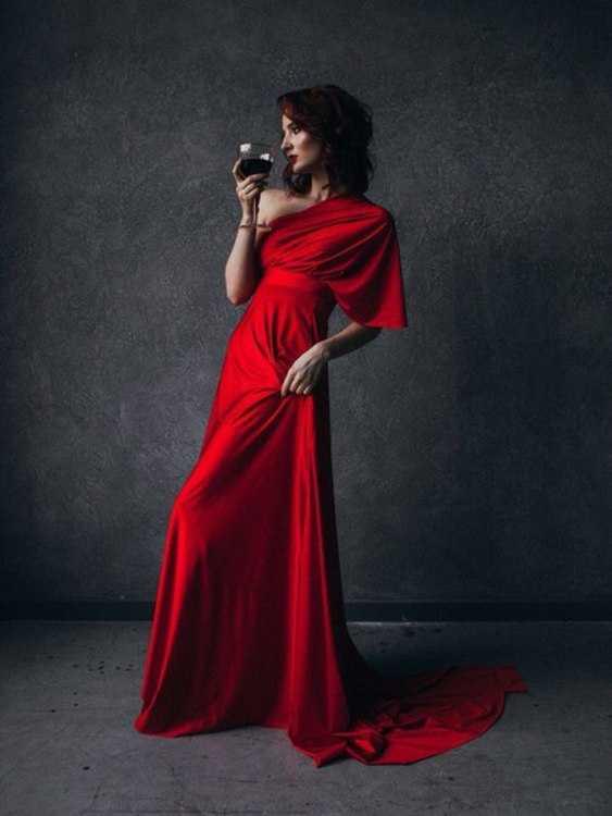 Взять в прокат Женская одежда Платья Brook; Санкт-Петербург , улица Ольминского, 6 ул.; Описание: