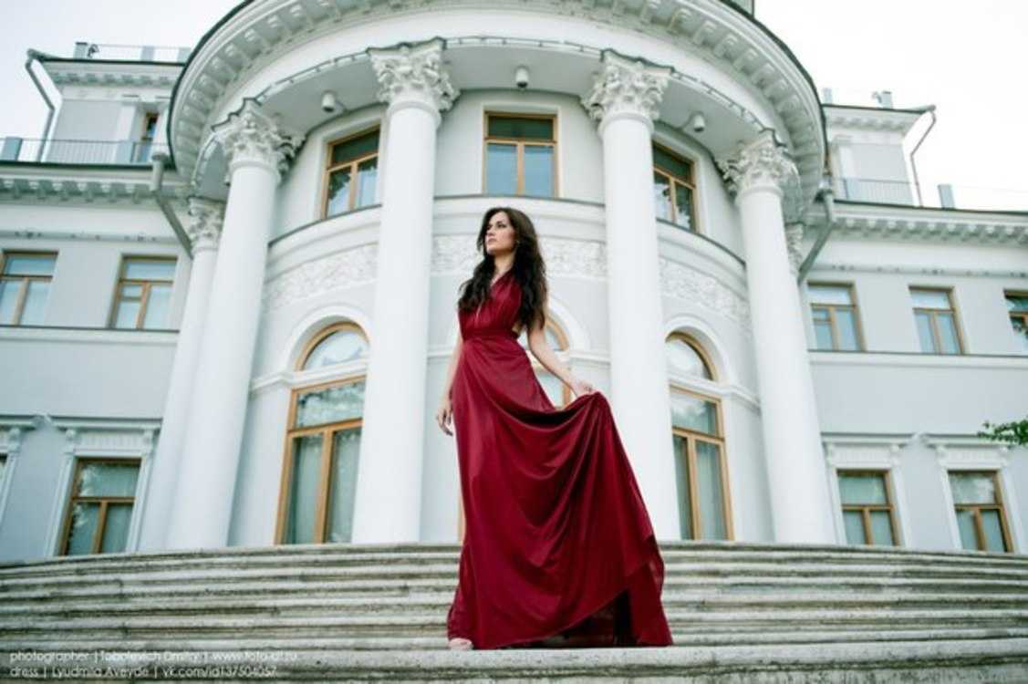 Взять в прокат Женская одежда Платья Ruby; Санкт-Петербург , улица Ольминского, 6 ул.; Описание: