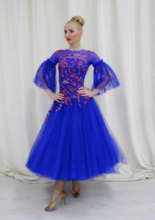 bff6f2616af Взять в прокат Спорт и отдых Одежда Спортивная Бальное платье Стандарт   Москва