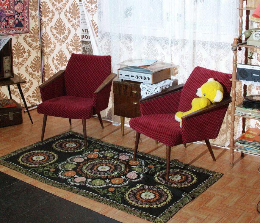 Взять в прокат Мебель Кресла Ретро кресла для фотосессий; Москва ,  МО г. Лобня или Москва. ул. Коровинское ш, 36а ул.; Описание:
