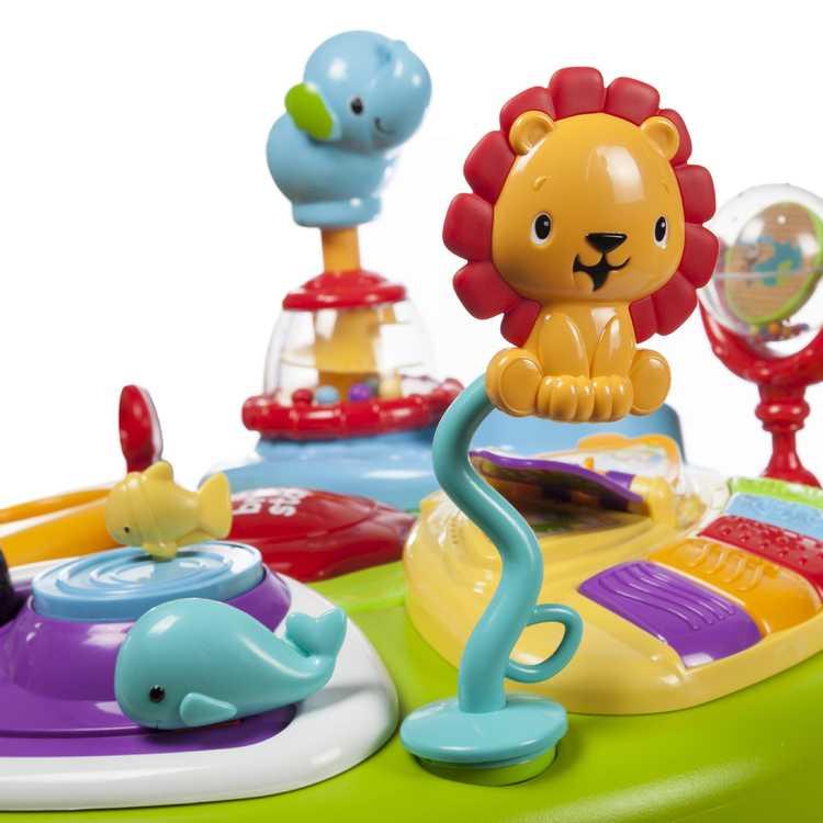 Взять в прокат Детство Игрушки Bright Starts Зоопарк 360; Москва , Маршала федоренко, 14 ул.; Описание: Игровой комплекс подходит для детей от 6 мес.Он служит как игровой столик, так и в виде ходунков. Сиденье регулируется и вращается вокруг столика, благодаря этому дает возможность ходить и рассматривать разные игрушки. Музыкальный при нажатии кнопок издает разные звуки и мелодии. В этой модели есть специальное углубление для кормления малыша.Игровой комплекс состоит из съемных частей, которые хорошо моются. Вы можете взять интерактивную развивающую игрушку Bright Starts Зоопарк 360 в аренду и получить удовольствие от счастья и радости вашего ребенка.  Возможна доставка по Москве и Мо до 20 км. МКАД.Все тканевые составляющие дезинфицируются после каждого ребенка. Остальные поверхности очищаются специализированным детским средством Дезавид. Так же производится кварцевание каждой игрушки под ультрафиолетовой лампой.Тип: Игровой комплекс, от 6 мес., высота 63,5 см., ширина 55,9 см., длина 94 см., вес до 11 кг., материал из пластика, металла и текстиля.