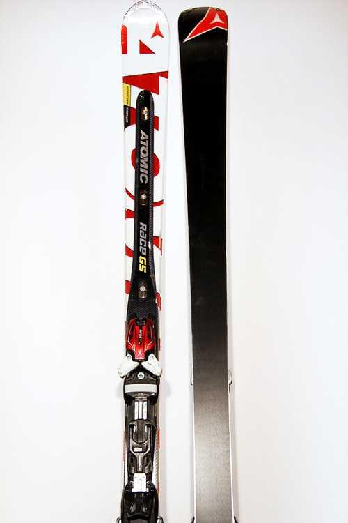 Взять в прокат Зимний инвентарь Горные лыжи Горные лыжи Atomic Race GS D2; Москва , Москва ул.; Описание: продано
