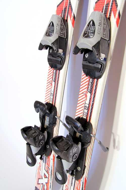Взять в прокат Зимний инвентарь Горные лыжи Горные лыжи Tecno Pro XT Team; Москва , Москва ул.; Описание: 100-65-83,5