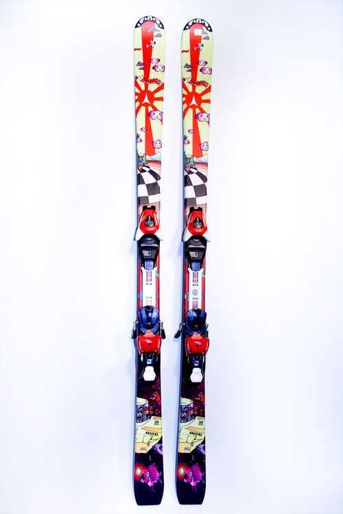 Взять в прокат Зимний инвентарь Горные лыжи Горные лыжи Atomic; Москва , Москва ул.; Описание: