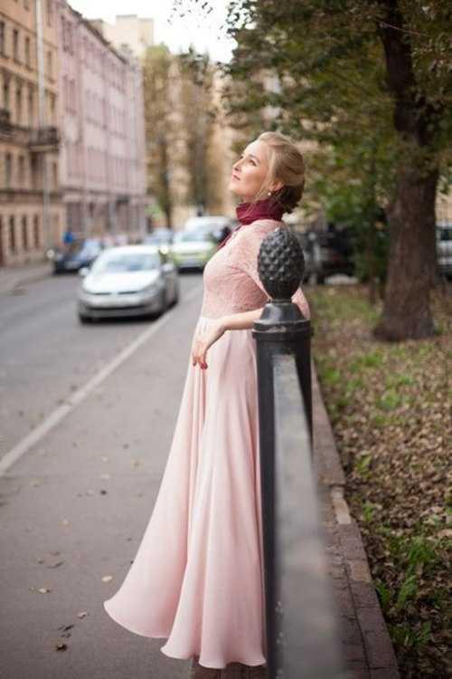 """Взять в прокат Женская одежда Платья Платье """"Пион""""; Санкт-Петербург , Садовая улица, 51 ул.; Описание: Это платье подарит Вам прекрасное летящее настроение! Также в комплекте есть платье для дочки. Размер: 42-44"""