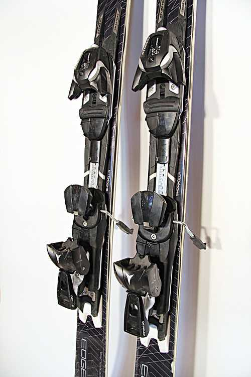 Взять в прокат Зимний инвентарь Горные лыжи Горные лыжи Atomic Edge Select; Москва , Москва ул.; Описание: 115-72-100,5