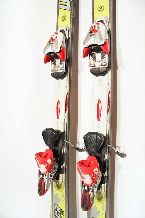 Взять в прокат Зимний инвентарь Горные лыжи Горные лыжи Voelkl Racetiger SL; Москва , Москва ул.; Описание: 98-66-117
