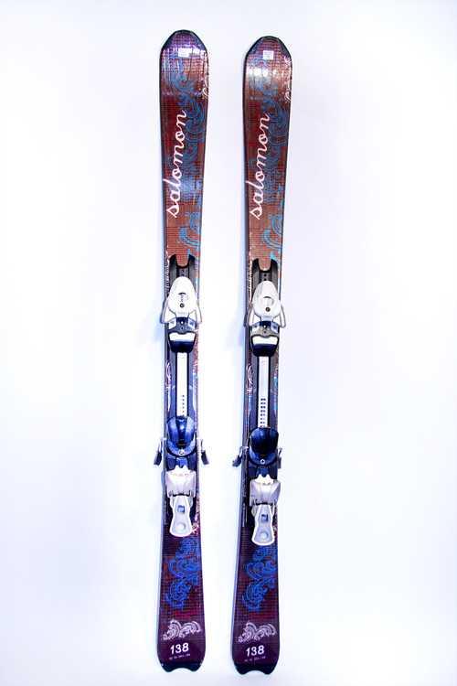 Взять в прокат Зимний инвентарь Горные лыжи Горные лыжи Salomon Cristal; Москва , Москва ул.; Описание: