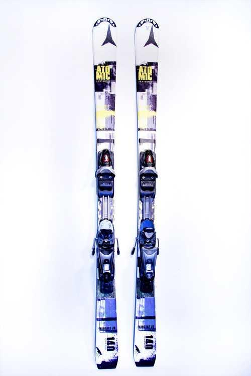 Взять в прокат Зимний инвентарь Горные лыжи Горные лыжи Atomic Vantage jr III ; Москва , Москва ул.; Описание: