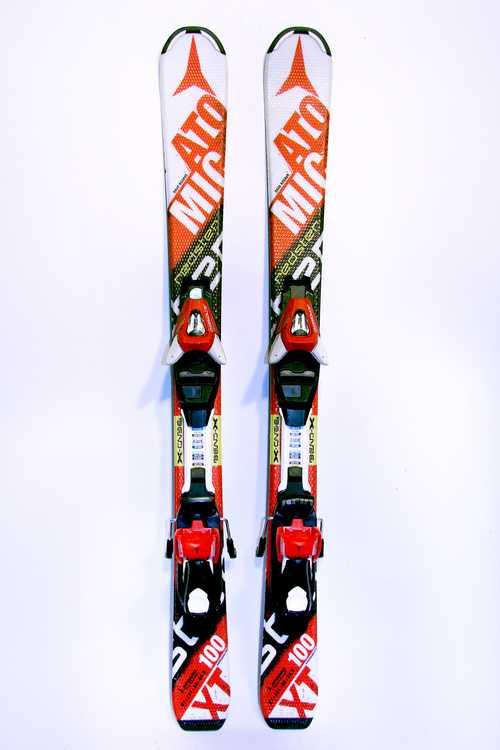 Взять в прокат Зимний инвентарь Горные лыжи Горные лыжи Atomic Redster XT; Москва , Москва ул.; Описание: 101-66-82.5