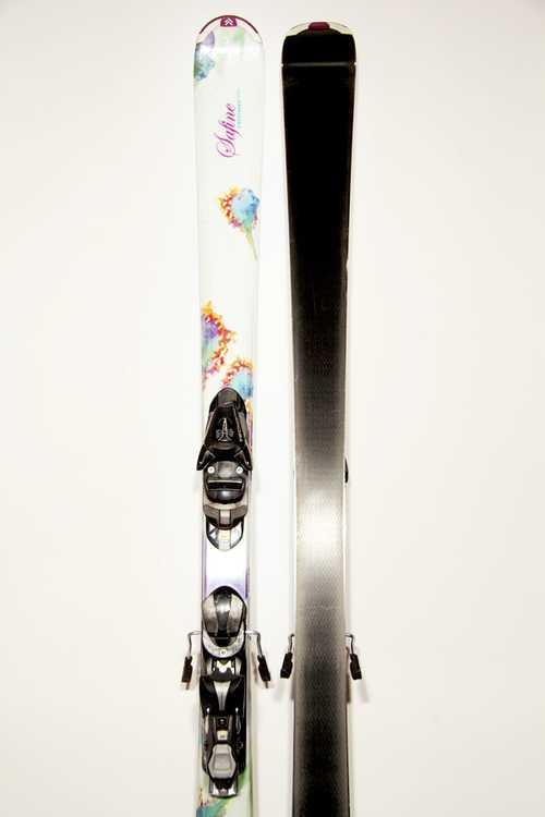 Взять в прокат Зимний инвентарь Горные лыжи Горные лыжи Tecno Pro Safine Candy ; Москва , Москва ул.; Описание: 115-70-100
