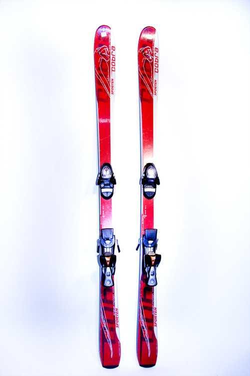 Взять в прокат Зимний инвентарь Горные лыжи Горные лыжи Cobra; Москва , Москва ул.; Описание: