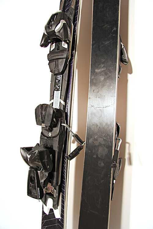 Взять в прокат Зимний инвентарь Горные лыжи Горные лыжи Atomic Edge Select; Москва , Москва ул.; Описание: 117-72-104