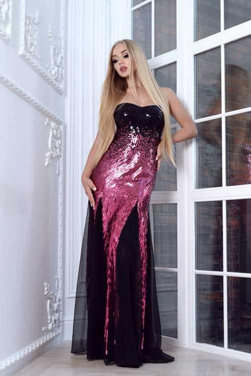 Взять в прокат Женская одежда Платья Barbara Schwarzer; Москва , м.Баррикадная, ул. Большая Никитская, 43 ул.; Описание: