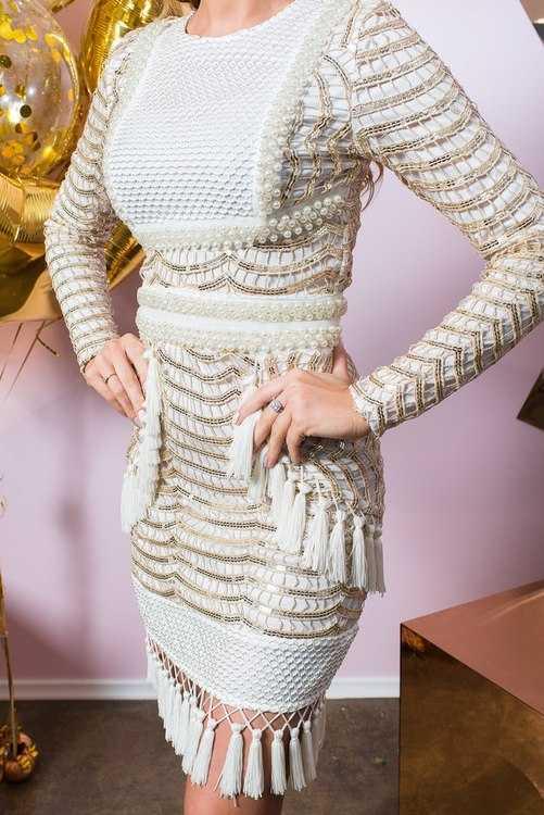 Взять в прокат Женская одежда Платья Платье мини PrettyLittleThing; Санкт-Петербург , Конюшенная площадь, 2В ул.; Описание: