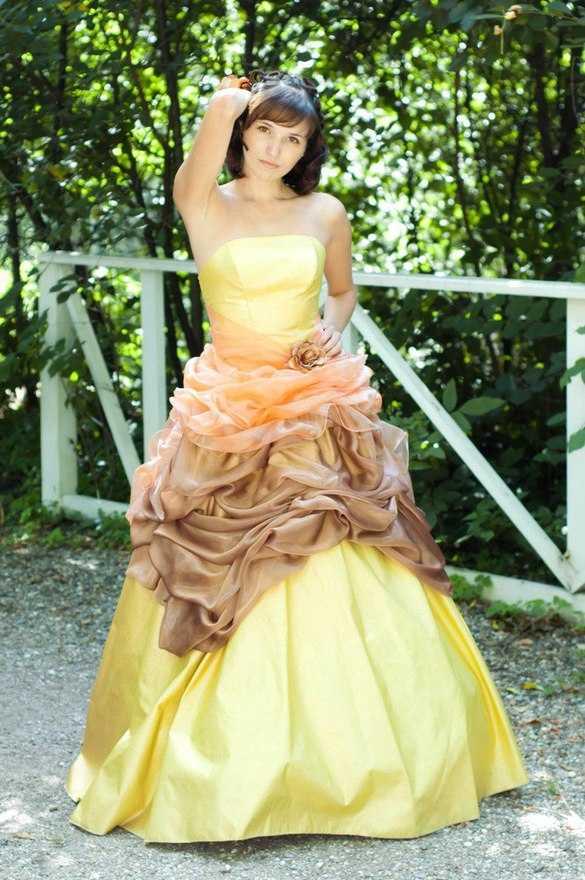 Фото платьев для осеннего бала