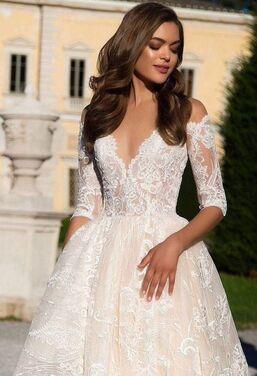 Платья Королевское свадебное платье 136 напрокат | Аренда и прокат – Москва