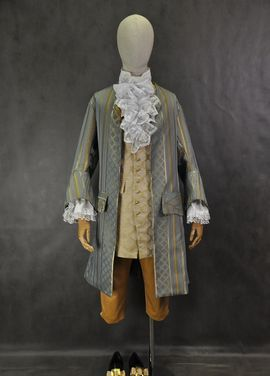 Исторические костюмы Исторический костюм 18 века напрокат   Аренда и прокат – Москва