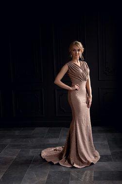 Платья Платье бежевое со шлейфом напрокат | Аренда и прокат – Санкт-Петербург