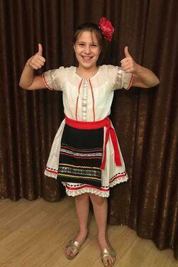 Национальные костюмы Молдавский костюм для девочки напрокат | Аренда и прокат – Москва