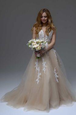 Платья Свадебное платье c цветами 212 напрокат | Аренда и прокат – Москва