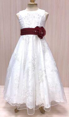 Платья и одежда для девочек Белое танцевальное платье напрокат | Аренда и прокат – Пермь
