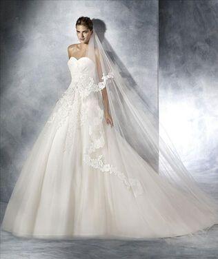 Платья Свадебное платье Pronovias Toscana напрокат   Аренда и прокат – Москва
