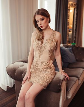 Платья Платье золотое из Будапешта напрокат | Аренда и прокат – Санкт-Петербург