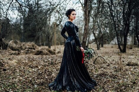 Платья ЧЕРНАЯ РОЗА напрокат | Аренда и прокат – Санкт-Петербург