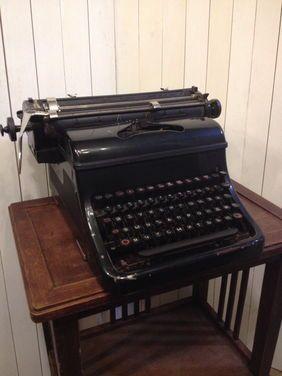 Другое Печатная машинка Olimpia напрокат | Аренда и прокат – Москва