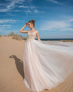 Платья Свадебное платье Holly напрокат | Аренда и прокат – Санкт-Петербург