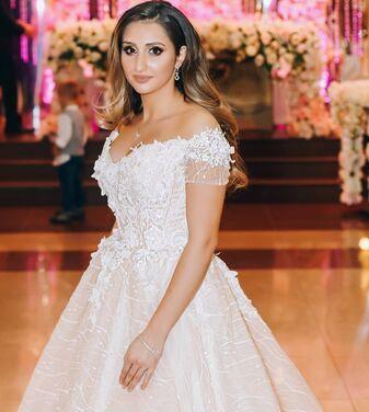 Платья Шикарное свадебное платье  напрокат | Аренда и прокат – Санкт-Петербург