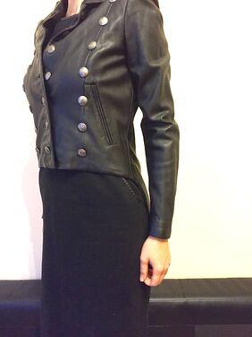 Верхняя одежда Плащ Александр Макуин кожаный напрокат | Аренда и прокат – Москва