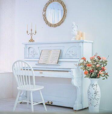 Фотозоны и задники Пианино в ретро стиле напрокат | Аренда и прокат – Москва