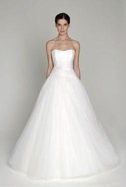 Платья Свадебное платье напрокат | Аренда и прокат – Москва
