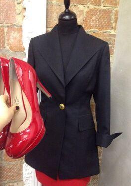 Униформа Комплект пиджак и красная юбка напрокат | Аренда и прокат – Москва