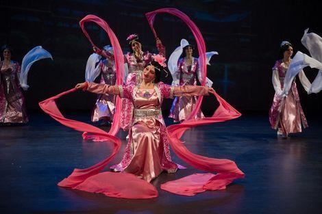 Танцевальные костюмы Китайский костюм напрокат   Аренда и прокат – Санкт-Петербург