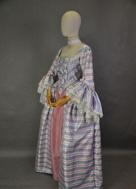 Исторические костюмы Платье 18 века в полоску напрокат   Аренда и прокат – Москва