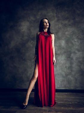 Платья Платье красное с разрезами напрокат | Аренда и прокат – Санкт-Петербург