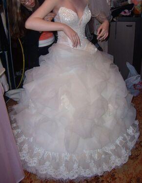 Платья Свадебное платье с речным жемчугом напрокат | Аренда и прокат – Санкт-Петербург