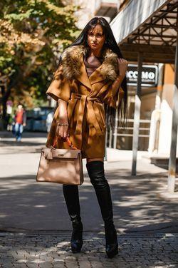 Верхняя одежда Пальто рыжее с мехом напрокат | Аренда и прокат – Москва