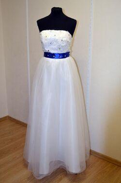 Платья Белое платье с синей лентой напрокат | Аренда и прокат – Самара